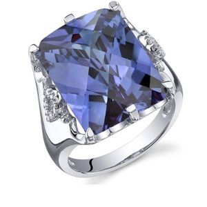 NIB Gorgeous Genuine Tanzanite Gemstone Ring